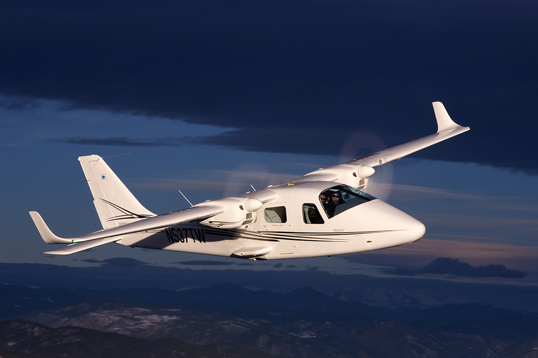Tecnam P2006T Air to Air
