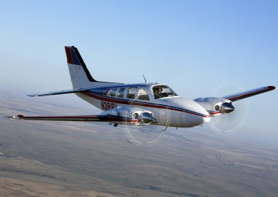 Beechcraft Baron Air to Air