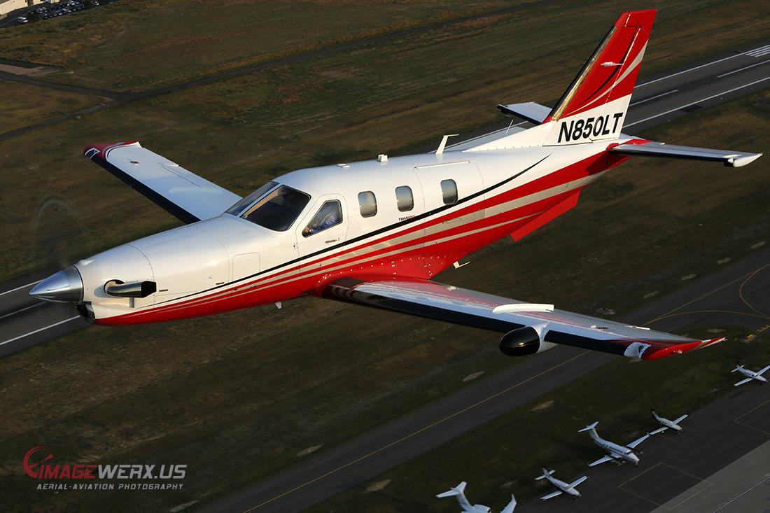 TBM 850 Air to Air